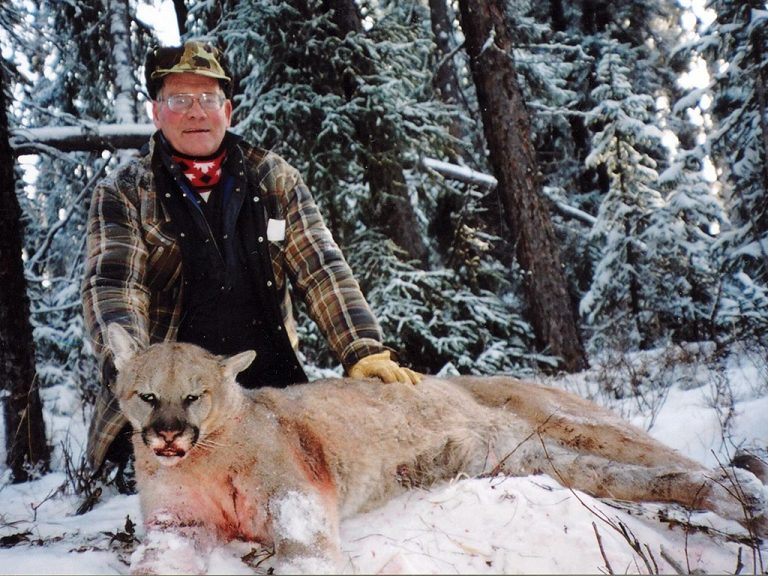 Timberline-Guiding-Cougar-Hunting25